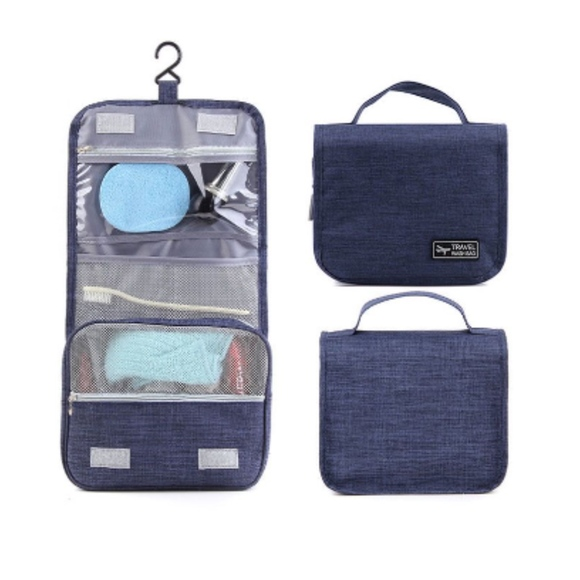 independent Handbags - NWT travel hanging personal care case cosmetics